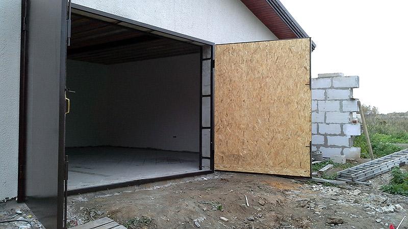 ворота для гаража металлические распашные цена